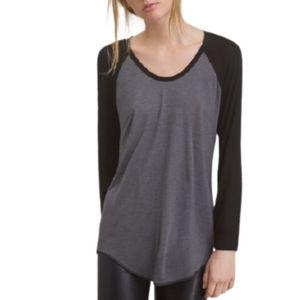 Aritzia Wilfred Free Baume Tshirt black grey XS